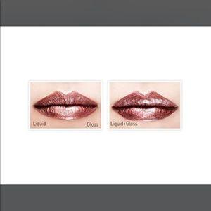 touch in SOL Makeup - Touch in Sol Metallist liquid foil Lipstick Duo